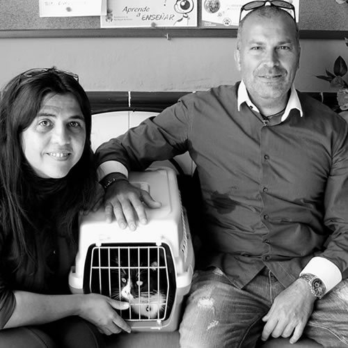 Jackie and Paolo with their first rescue Félix.